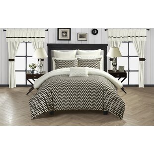 Jacksonville Reversible Comforter Set by Chic Home