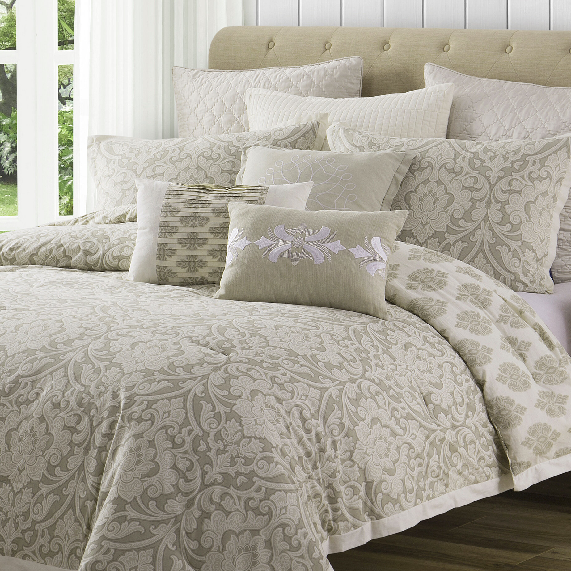 Ellen Tracy Slipcovers Chandler Reversible Comforter Set Reviews