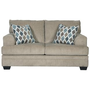 Robbyn Loveseat