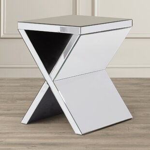 Reviews Thornbury End Table by House of Hampton