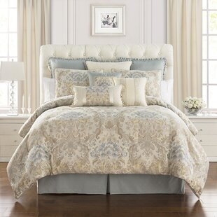 Warren 4 Piece Comforter Set