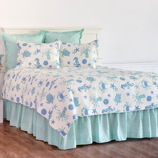 Chew Magna 100% Cotton Reversible Quilt Set
