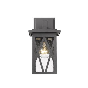 Breakwater Bay Dunphy Transitional Outdoor Wall Lantern