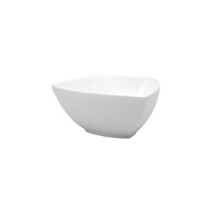 Fare Triangle Serving Bowl (Set of 4)