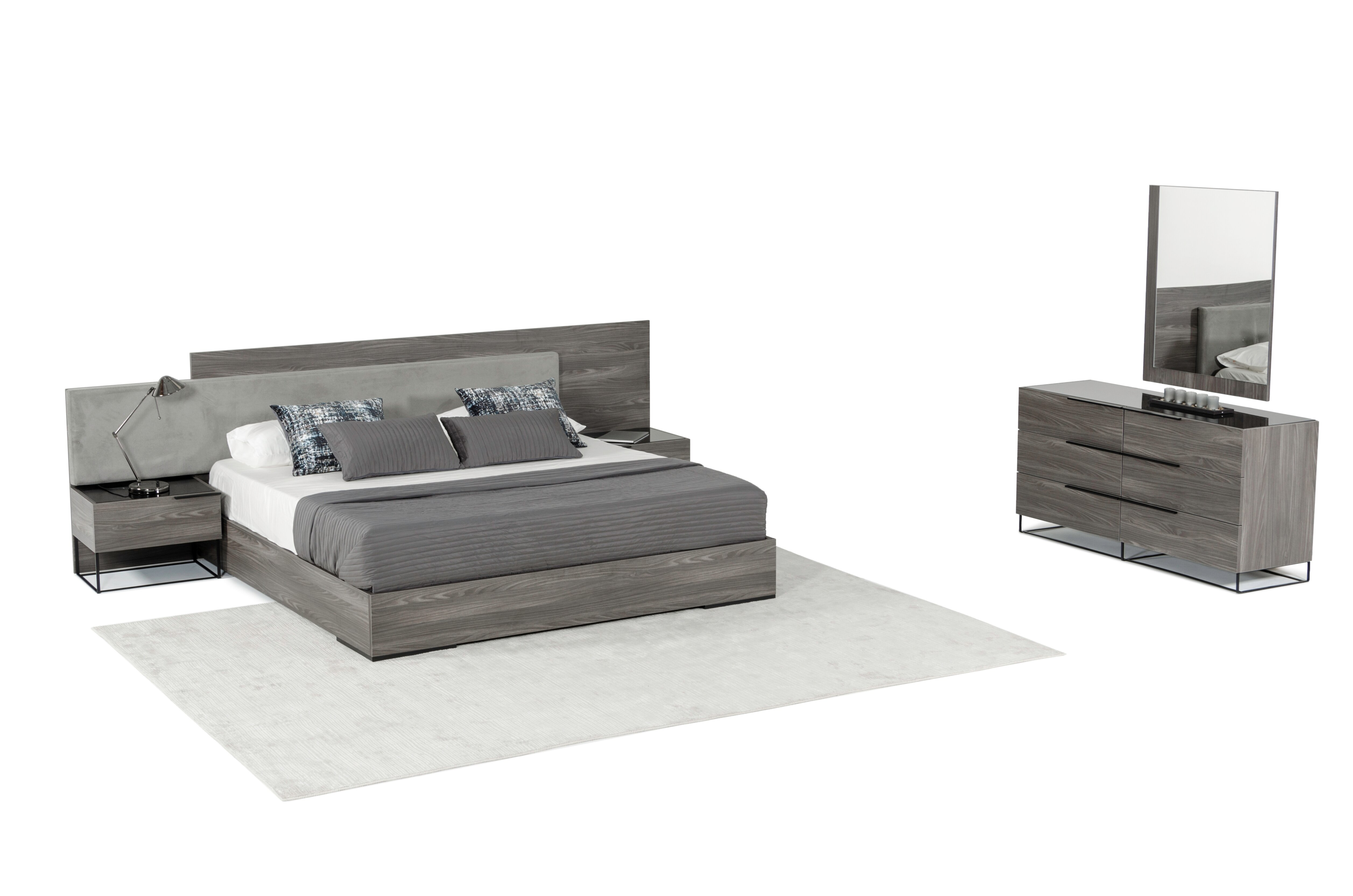 Mraz Platform 3 Piece Bedroom Set