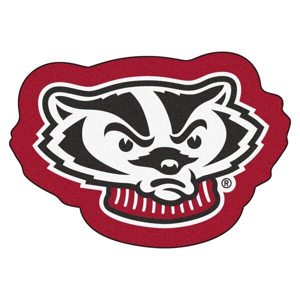 FANMATS NCAA University of Wisconsin Badgers Vinyl Cargo Mat