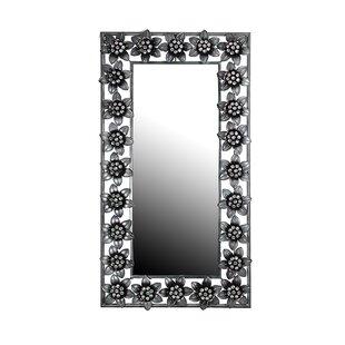 House of Hampton Kovacs Wall Mounted Accent Mirror