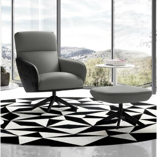 Christie Lounge Chair by Modlo..