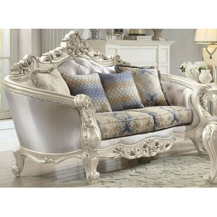 Pulaski Loveseat w/4 Pillows