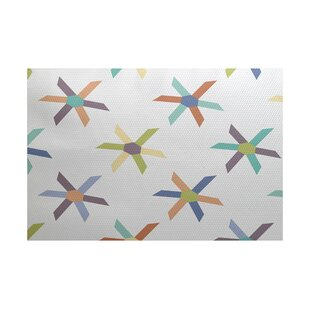 Boubacar Pinwheel Indoor/Outdoor Area Rug