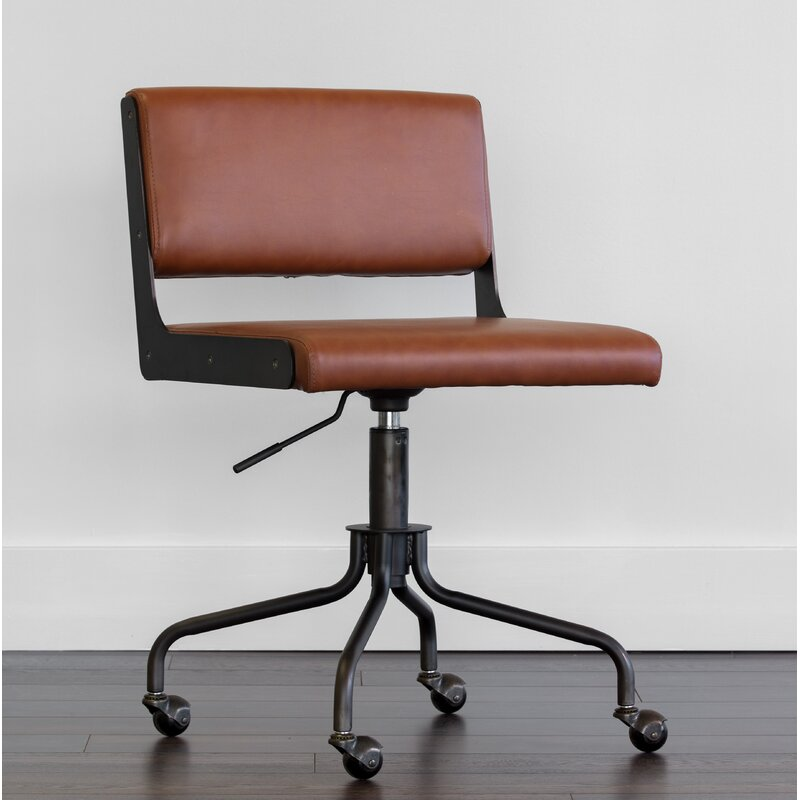 Davis Conference Chair
