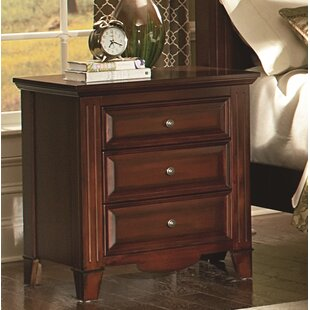 Hoisington 3 Drawer Nightstand by Alcott Hill