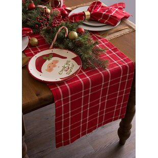 Isabel Holly Berry Table Runner