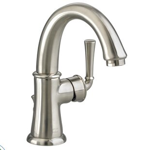 American Standard Portsmouth Single Hole Bathroom Faucet with Drain Assembly