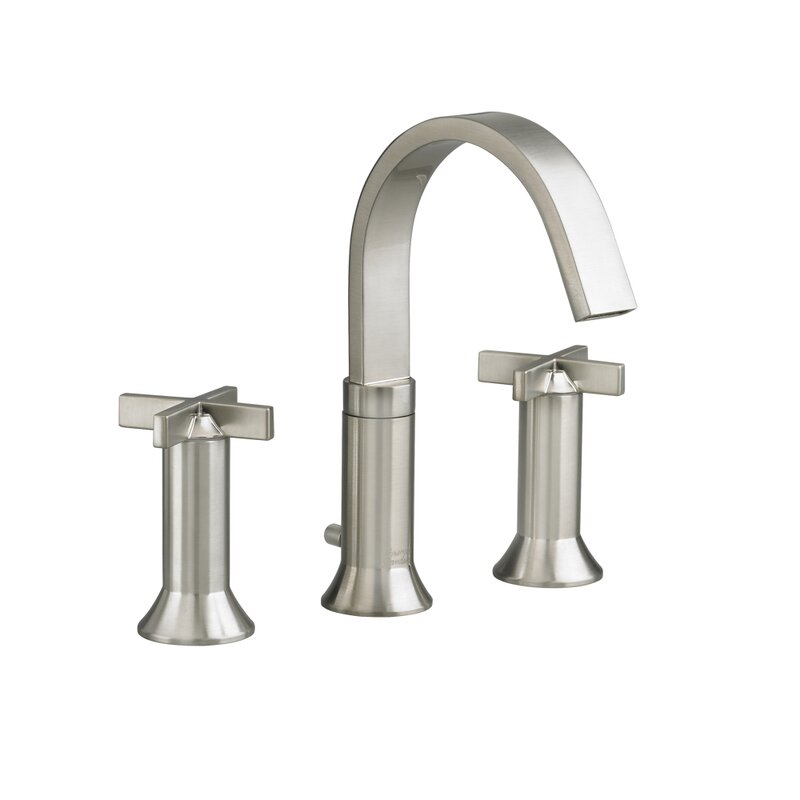 American Standard Berwick Widespread Bathroom Faucet with Double