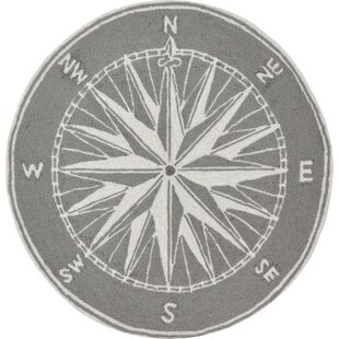 Shelborne Compass Hand-Tufted Gray Indoor/Outdoor Area Rug by Breakwater Bay