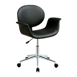 Etude Task Chair