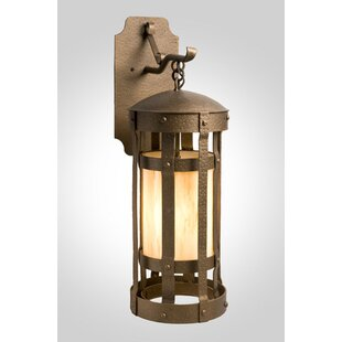 Saffo 1-Light Outdoor Wall Lantern by Loo..