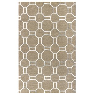 Evangeline Hand-Tufted Beige Indoor/Outdoor Area Rug