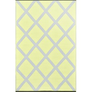 Lightweight Reversible Silver/Pale Banana Indoor/Outdoor Area Rug