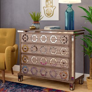 Dias 4 Drawer Chest by Bungalow Rose