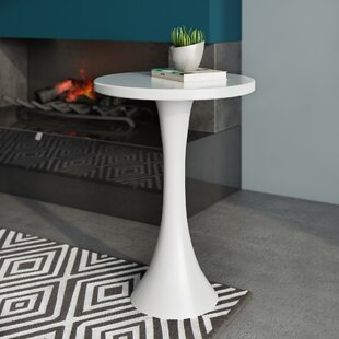 Chalsbury End Table by Wade Logan Herry Up