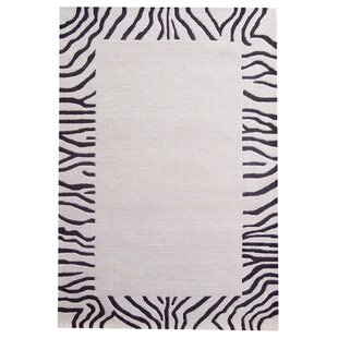 Affordable Ashley Ivory/Black Area Rug By Acura Rugs