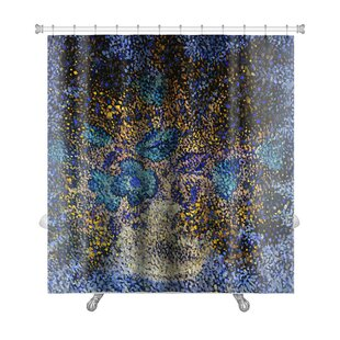 Gecko Gentle Big and Small Flowers in a Flowerpot Premium Single Shower Curtain