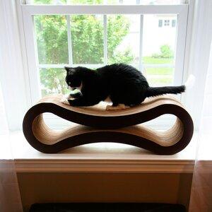 Freddie Ultimate Cat Scratcher Lounge & Bed