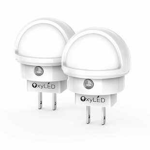 OxyLED Plug-in Wall LED Night Light (Set of 2)