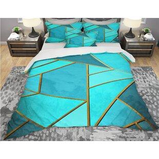 Designart Triangular Over Background of Shades Duvet Cover Set