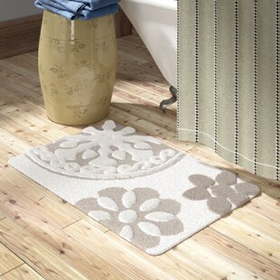 Cisco Medallion Cotton Tufted Bath Rug