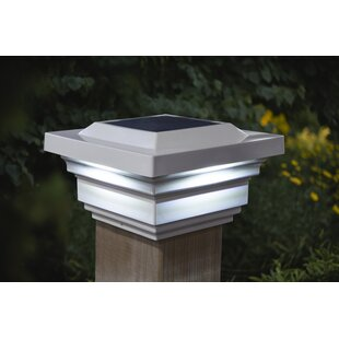 Regal 1-Light LED Solar Post Cap