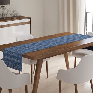 Crossen Table Runner