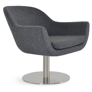 Tiyrene Round Chair by Comm Office