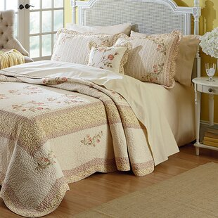 August Grove Norland Bedspread