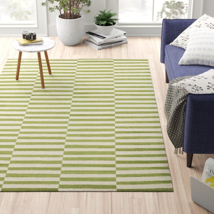 Kyree Gr Green White Area Rug