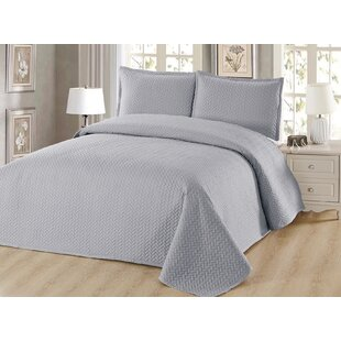 Corbridge Luxury Reversible Quilt Set