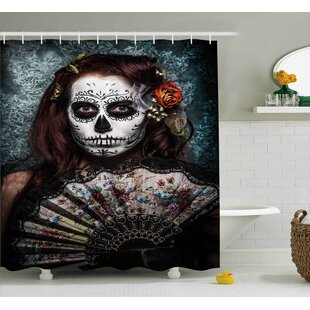 Lessie Day of The Dead Make Up Artist Girl With Dead Skull Scary Mask Roses Print Single Shower Curtain
