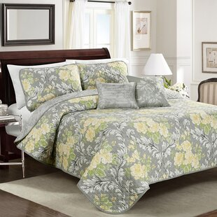 Jolyn Floral Quilt Set