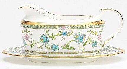 Yoshino 16 oz. Gravy Bowl with Tray