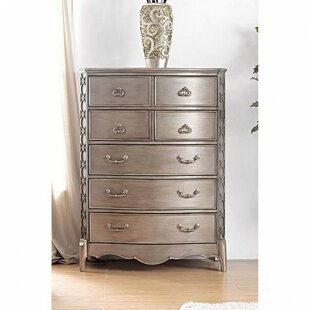 Kennedi Transitional Wood 7 Drawer Chest by Rosdorf Park
