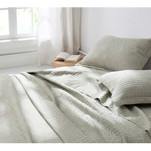 Decoste Wrinkle Stone Washed Quilt