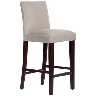 Connery 31 Bar Stool