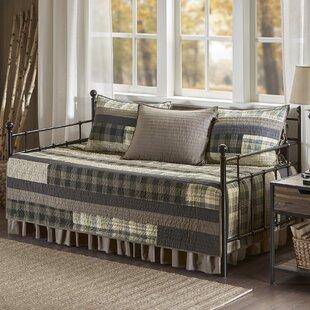 Winter Plains 5 Piece Reversible Quilt Set