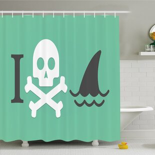 Sea Animal Love Creepy Dead Skull Head with Cross Bones and Fun Danger Icon Shower Curtain Set