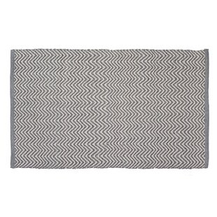 Herringbone Hand-Woven Gray/Cream Indoor/Outdoor Area Rug