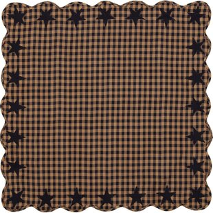 Deuxville Star Scalloped Tablecloth