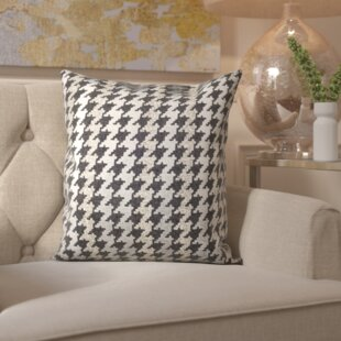 Lamour Hounds Tooth Throw Pillow