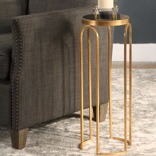 Shanklin Accent End Table by Everly Quinn